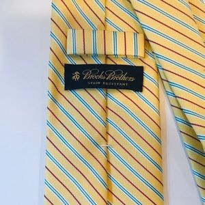 Brooks Brothers Stain Resistant Tie